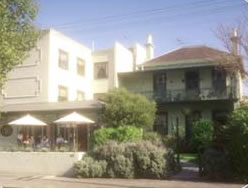 Magnolia Court Boutique Hotel - Accommodation Main Beach