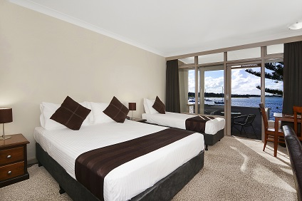 Waters Edge Country Comfort - Accommodation Main Beach