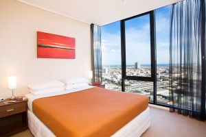 Melbourne Short Stay Apartments - Accommodation Main Beach