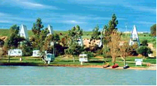 Westbrook Park River Resort - Accommodation Main Beach