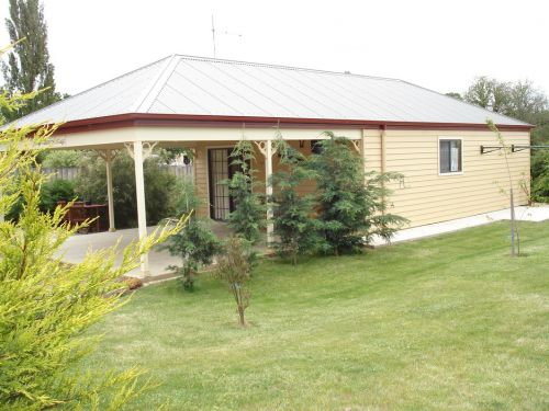 Gumtrees Cottage - Accommodation Main Beach