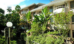 Wahroonga Waldorf Apartments - Accommodation Main Beach