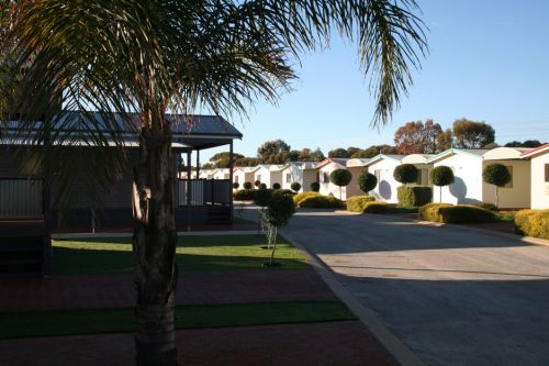 Merredin Park - Accommodation Main Beach