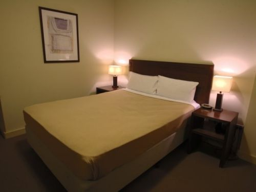 The Harbour Phoenix Serviced Apartments - Accommodation Main Beach