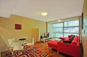 Astra Apartments - St Leonards - Accommodation Main Beach