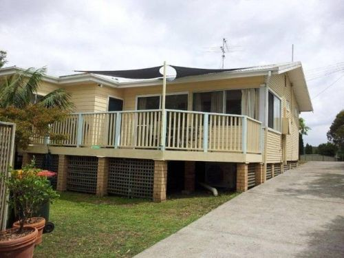 The Brightwaters Cottage - Accommodation Main Beach