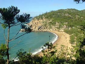 Magnetic Island Holiday Homes - Accommodation Main Beach