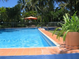 Sunlover Lodge Cabins amp Holiday Units - Accommodation Main Beach