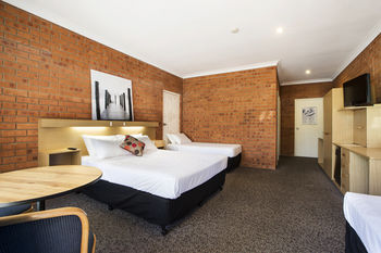 Archer Hotel Nowra - Accommodation Main Beach