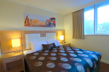 Park Squire Motor Inn and Serviced Apartments - Accommodation Main Beach