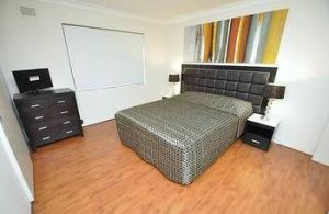 Balmain 3 Mont Furnished Apartment - Accommodation Main Beach