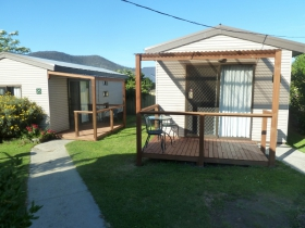 Hobart Cabins and Cottages - Accommodation Main Beach