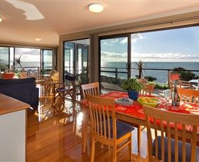 Boat Harbour Beach House - The Waterfront - Accommodation Main Beach