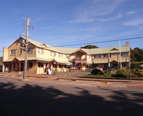 Parer's King Island Hotel - Accommodation Main Beach