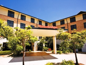 Travelodge Hotel Garden City Brisbane - Accommodation Main Beach