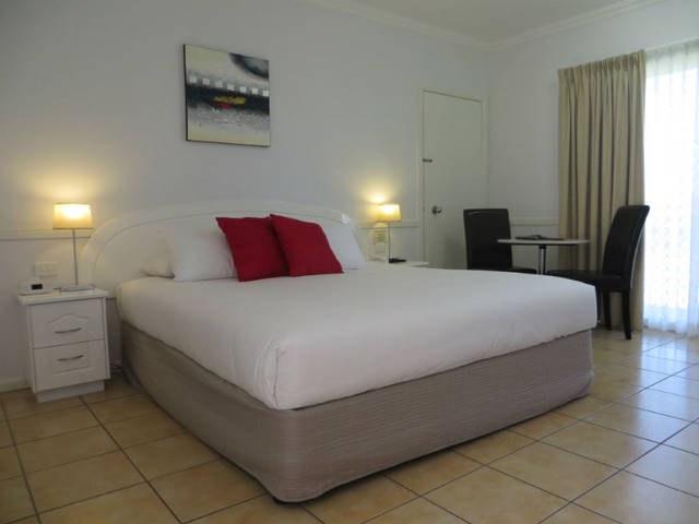 Charters Towers Heritage Lodge Motel - Accommodation Main Beach