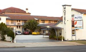 Cowra Motor Inn - Accommodation Main Beach