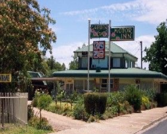 Garden Court Motor Inn - Accommodation Main Beach