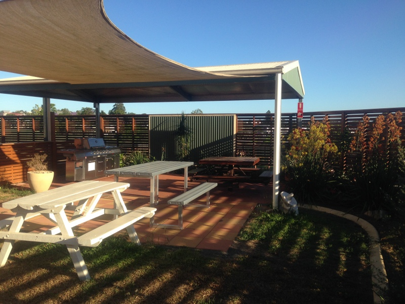 Gympie Caravan Park - Queens Park - Accommodation Main Beach