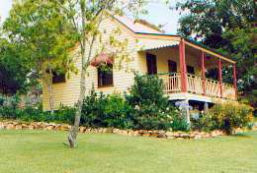 Mango Hill Cottages Bed  Breakfast - Accommodation Main Beach