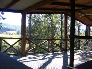 Riverwood Downs Mountain Valley Resort - Accommodation Main Beach