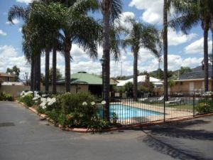 Town  Country Motor Inn Tamworth - Accommodation Main Beach