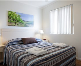 Perth Vineyards Holiday Park - Aspen Parks - Accommodation Main Beach
