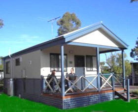 Pinjarra Cabins and Caravan Park - Accommodation Main Beach