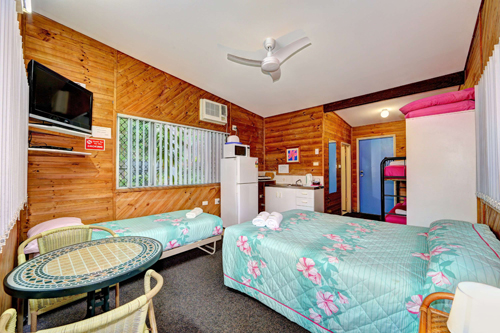 Bargara Gardens Motel and Holiday Villas - Accommodation Main Beach