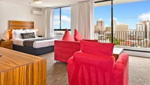 Cambridge Hotel Sydney - Accommodation Main Beach