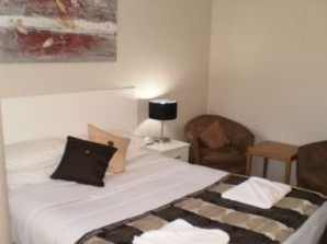 Country Leisure Motor Inn - Accommodation Main Beach
