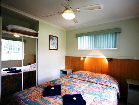 Perth Vineyards Holiday Park - Accommodation Main Beach
