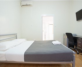 Mycow Accommodation Sarina - Greetham Street - Accommodation Main Beach