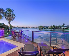 Kurrawa Cove at Vogue Holiday Homes - Accommodation Main Beach