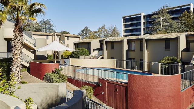 Manuka Park Apartments - Accommodation Main Beach