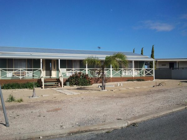 Annies Rest - Accommodation Main Beach