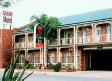 Hamiltons Henry Parkes - Accommodation Main Beach