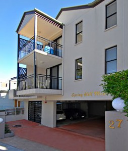 Spring Hill Mews - Accommodation Main Beach