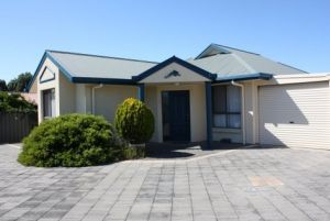 Robe Dolphin Court Apartments - Accommodation Main Beach
