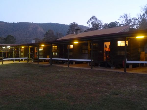 Christmas Creek Cafe and Cabins - Accommodation Main Beach
