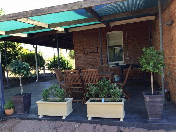 Corryong Holiday Cottages - Sportsview - Accommodation Main Beach