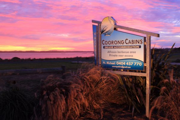 Coorong Cabins - Accommodation Main Beach