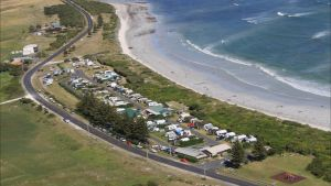 Port MacDonnell Foreshore Tourist Park - Accommodation Main Beach