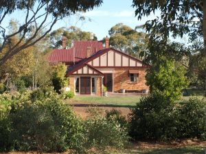 Pierrepoint Wines Bed  Breakfast - Accommodation Main Beach