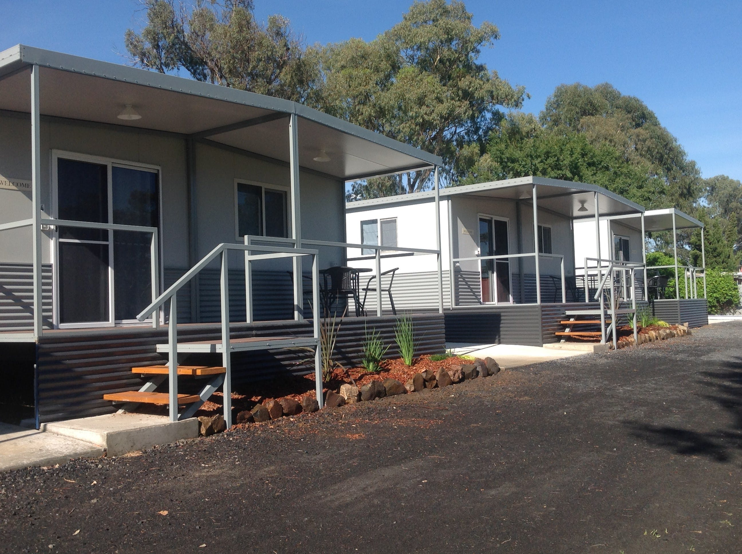 Sapphire City Caravan Park - Accommodation Main Beach