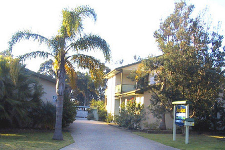 Avalon Holiday Units - Accommodation Main Beach