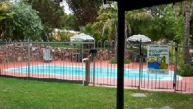 Crokers Park Holiday Resort - Accommodation Main Beach