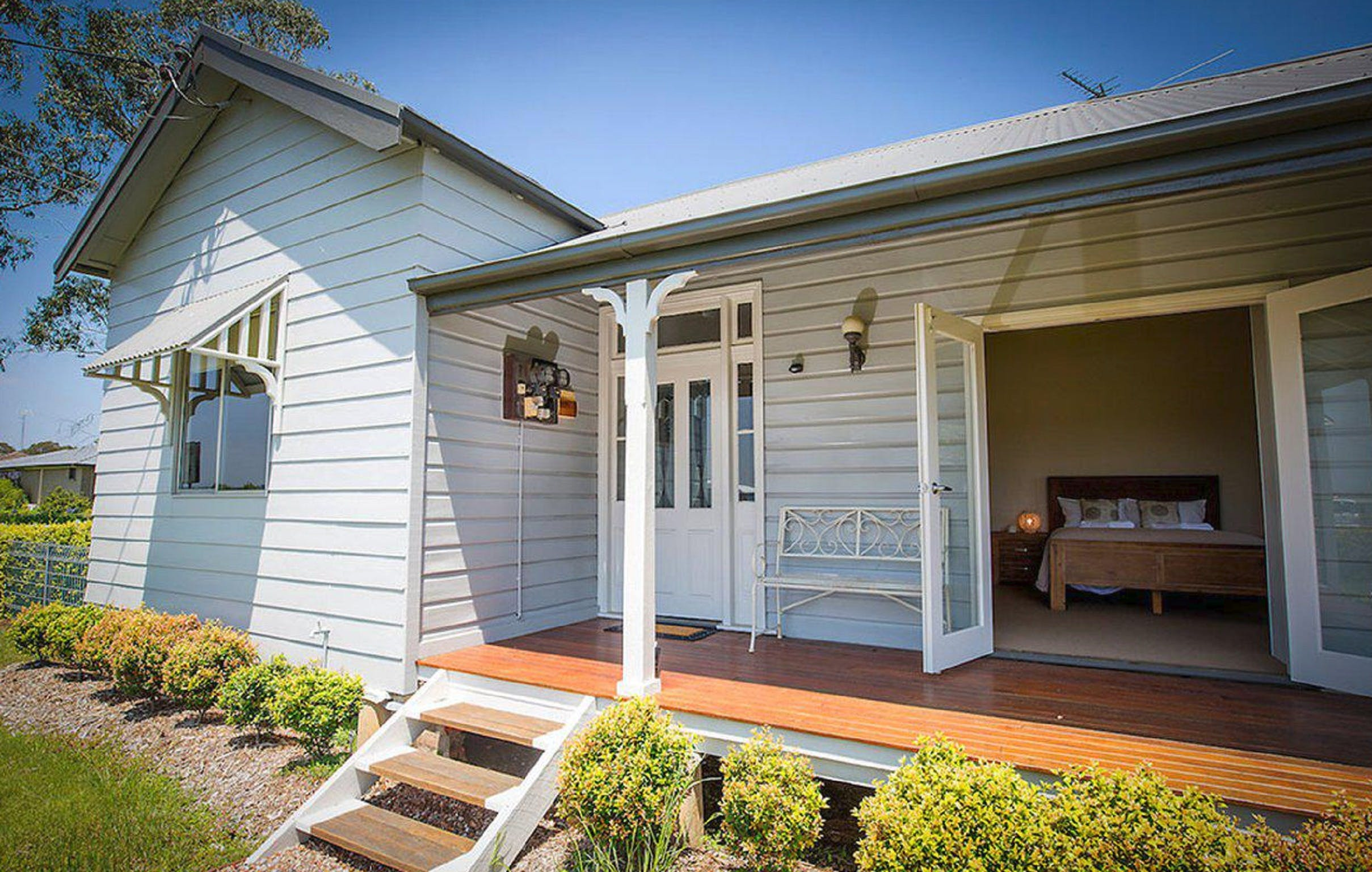 Wine Country Cottage - Accommodation Main Beach