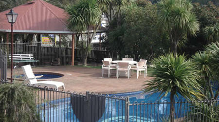 Lilydale Motor Inn - Accommodation Main Beach