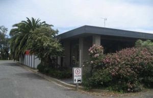 Boat Ramp Motel - Accommodation Main Beach